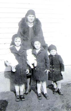 Eva Melvin and children