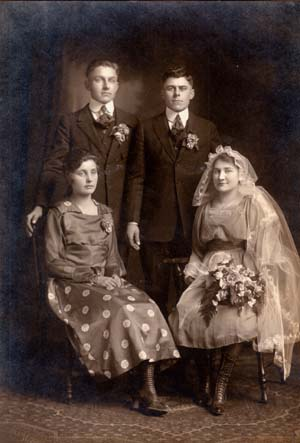 Arthur Hans and Mary Huber Gottsch wedding
