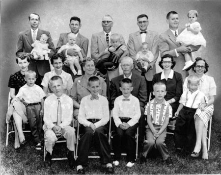 Ray and Rosa Gotch Carlson Family
