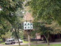 Fiefbergen Village Pond Bird House